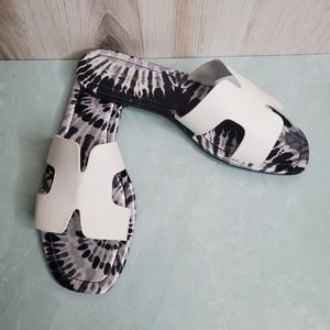 NEW White Tie-Dye Cut-Out Slide Sandals
